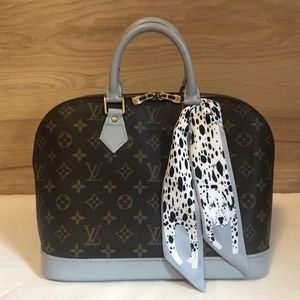 💯 % Authentic Louis Vuitton Alma Pm